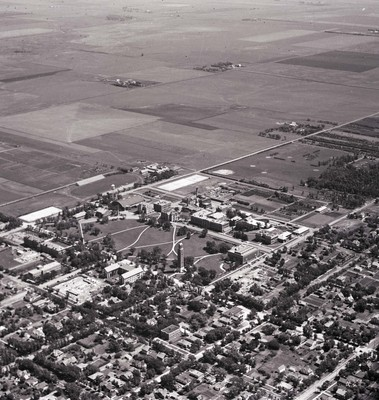 Aerial view of South Dakota State College, circa 1930s