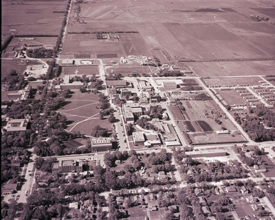 Aerial view of South Dakota State College, 1954