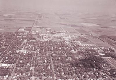 Aerial view of South Dakota State University, 1964