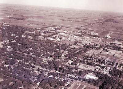 Aerial view of South Dakota State University, 1972