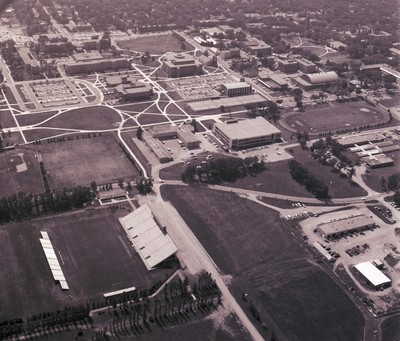 Aerial view of South Dakota State University, 1978