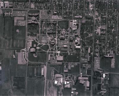 Aerial view of South Dakota State University, 1987