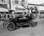 Bummobile with Weary Wil, 1955