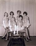 Cigarette girls, 1964