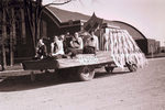 Guidon Hobo Day parade float, 1947