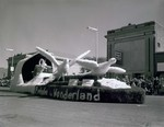 Hobo Day parade float, 1960, Prelude in Wonderland