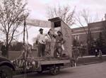 Sigma Alpha Epsilon Hobo Day parade float, 1947