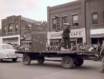 Pi Kappa Delta Hobo Day parade float, 1949