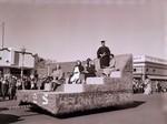 University Dames Hobo Day parade float, 1952
