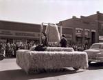 Stakota Club Hobo Day parade float, 1952