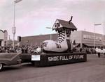 University Dames Club Hobo Day parade float, 1958