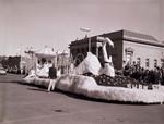 Pharmacy Hobo Day parade float, 1959