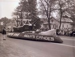 Sophomore Class Hobo Day parade float, 1962