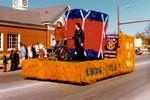Kiwanis Club Hobo Day parade float, 1975