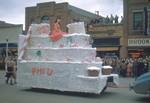 Phi U Hobo Day parade float, 1947